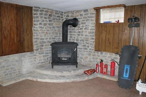 terrible real estate pictures stove fire extinguishers