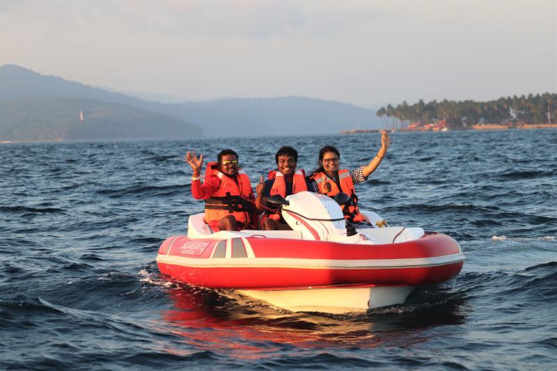 Families enjoying Sea Kart in Andaman