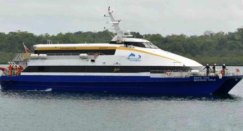 Ferry in Andaman: Makruzz