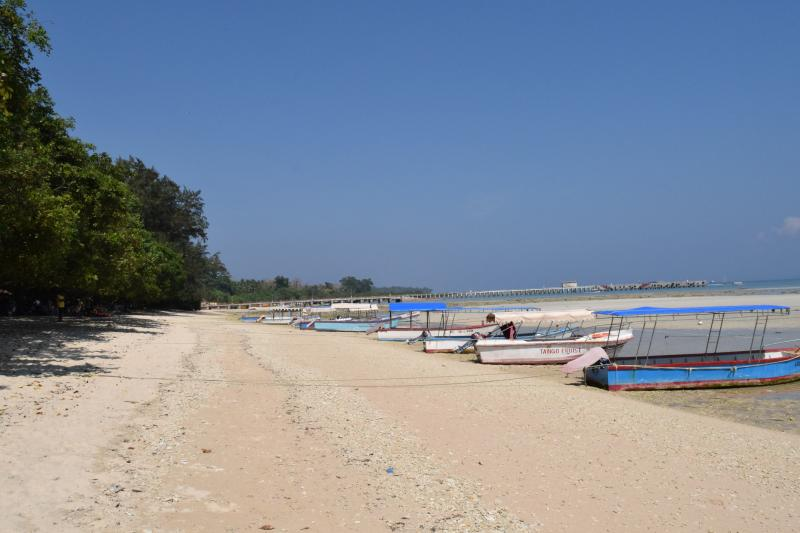 Bharatpur Beach Sand, Sea and Boats landscape