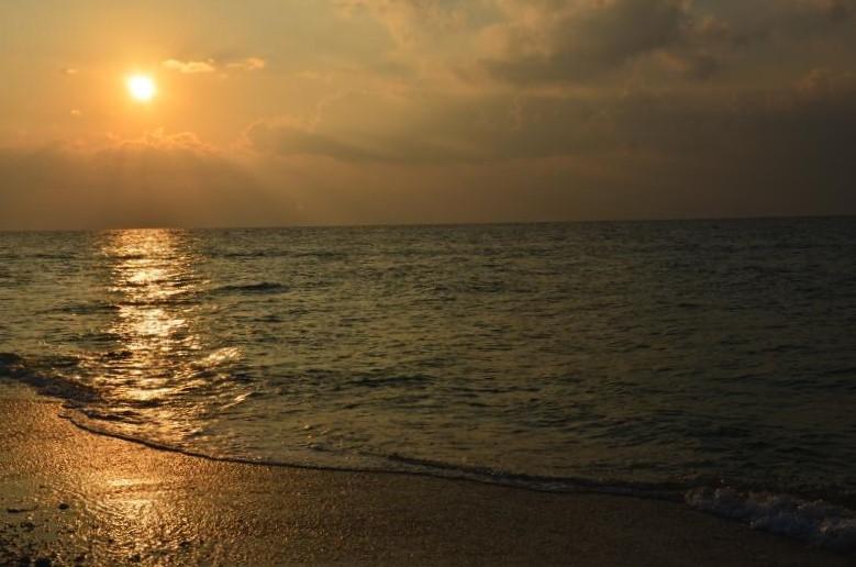 Sunset in Laxmanpur Beach