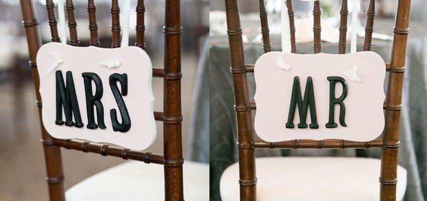 cadeiras e mesas de luxo