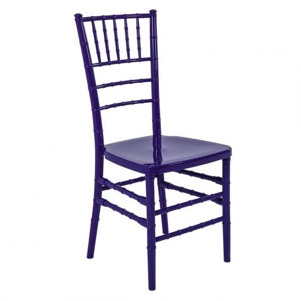 cadeira cor do ano ultra violet