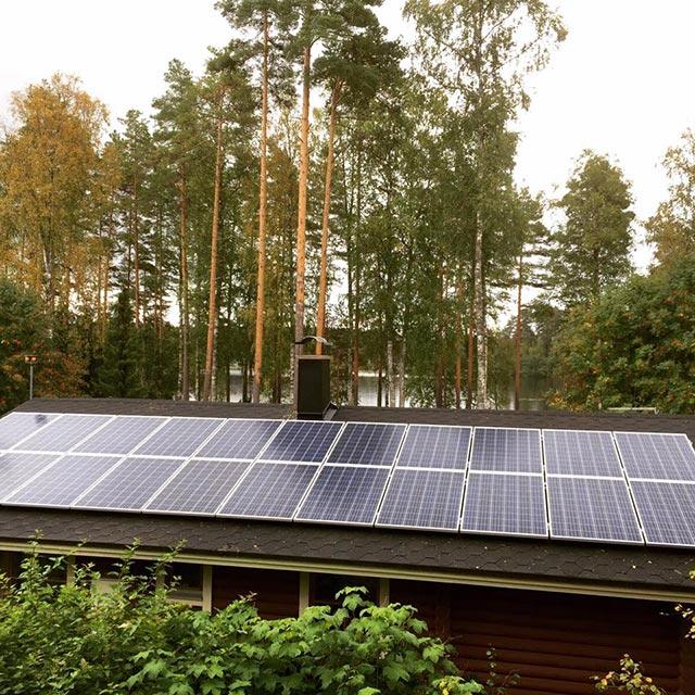 aurinkovoimala huopakatolla
