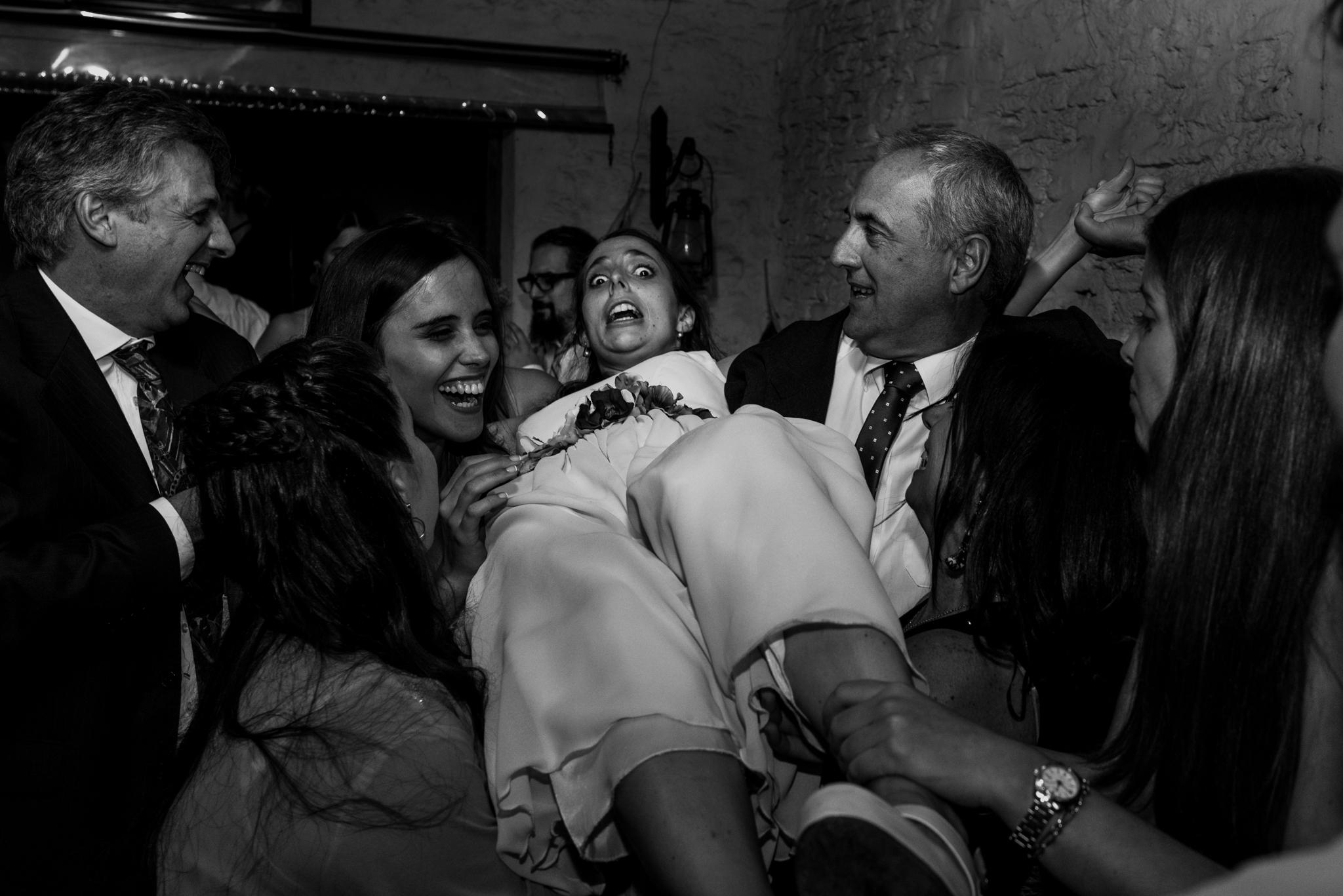 boda en Establecimiento Las Carretas