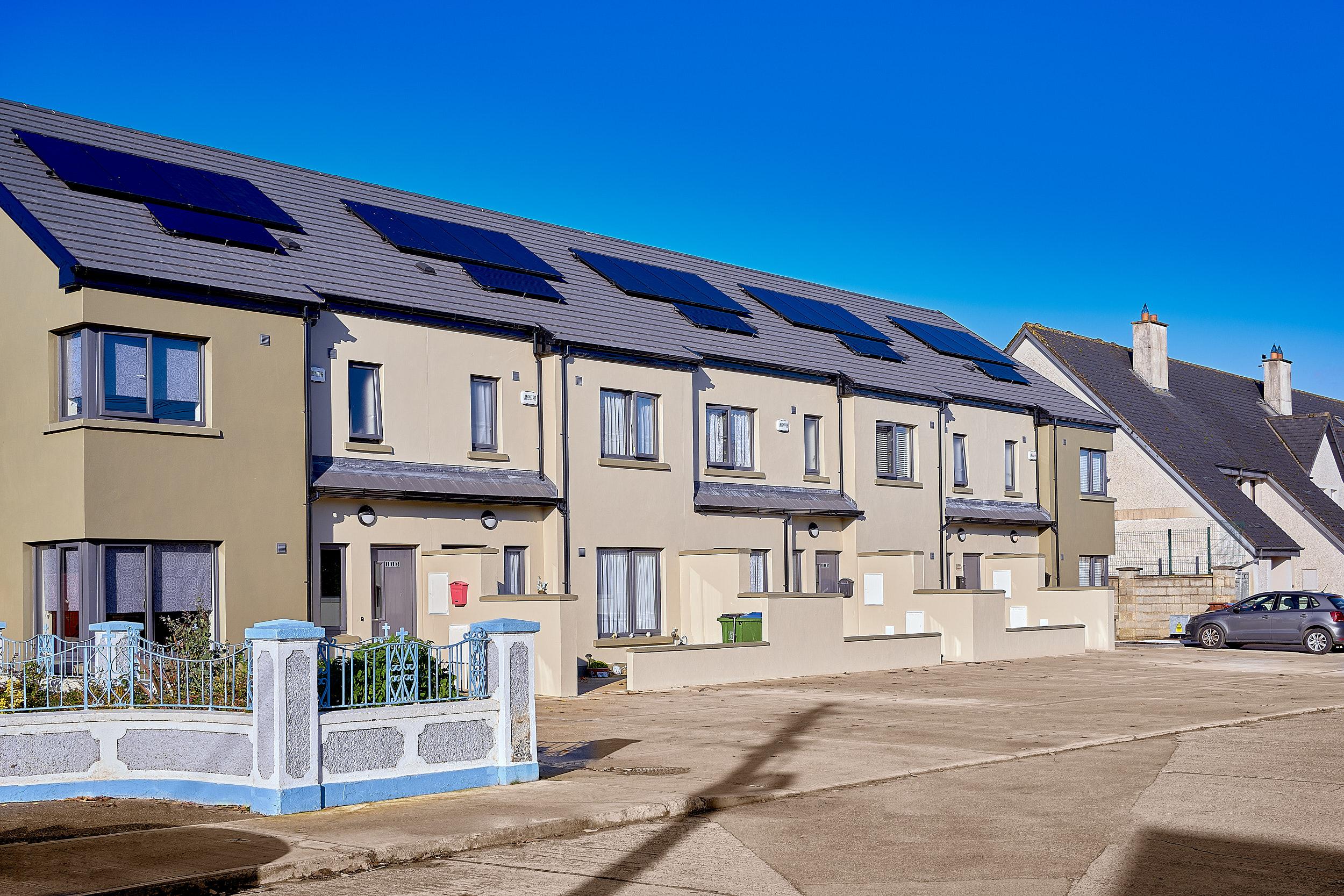 Limerick Real Estate v2 by VA