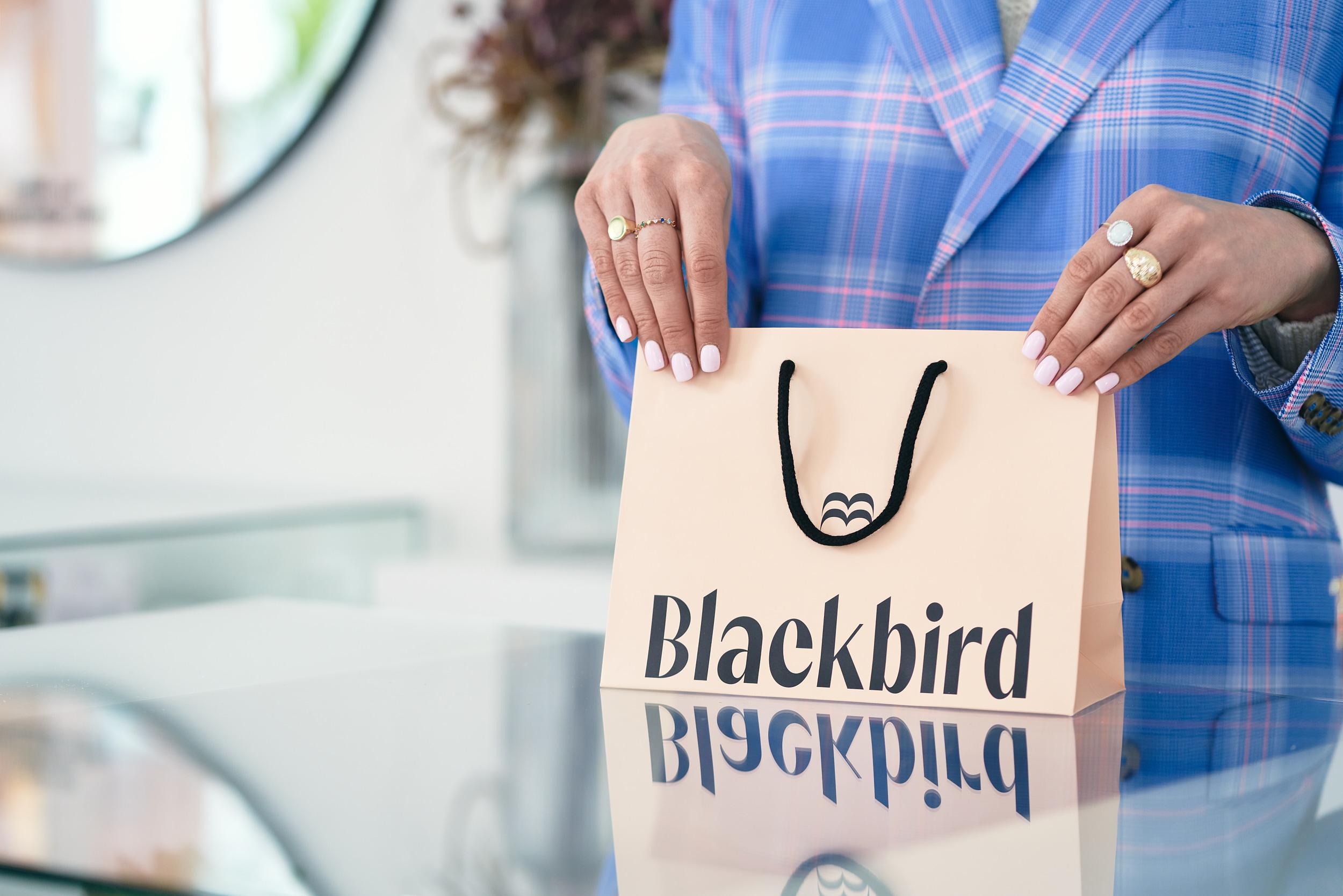 Business Photography Blackbird by VA