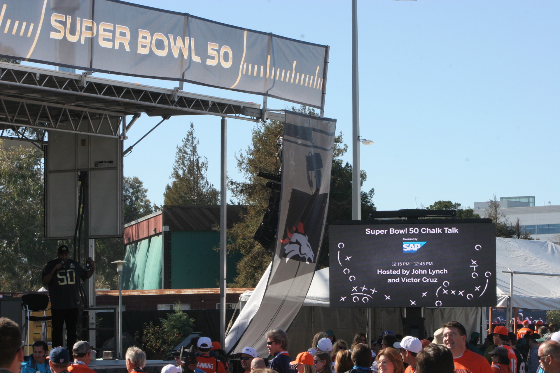 LED Screen Rental for Outdoor Events and Viewing Parties
