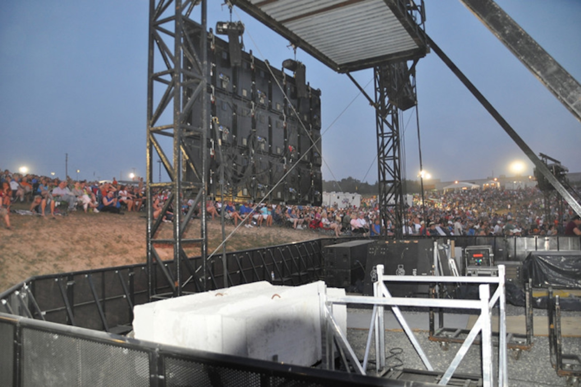 LED Screen Rental for Outdoor Concerts