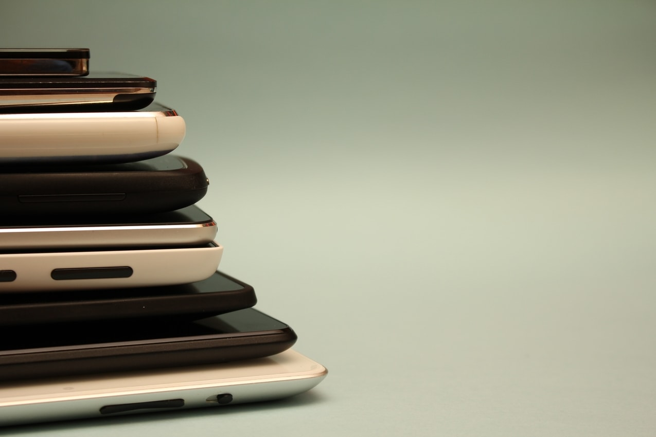 flip cell phones for profit