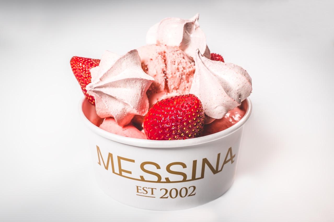 AUNTY TOMSU'S CHEESECAKE – Japanese cheesecake, strawberry & cherry blossom cream, strawberry meringue, strawberries & strawberry gelato