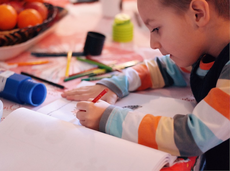 concrete experiences enable children to understand abstract concepts