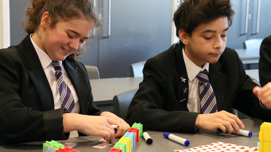 Building on each others ideas through dialogic teaching
