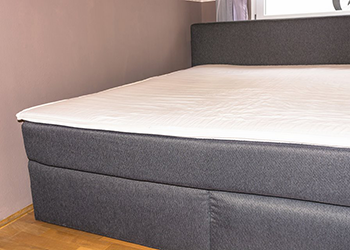 clean mattress in a seattle home