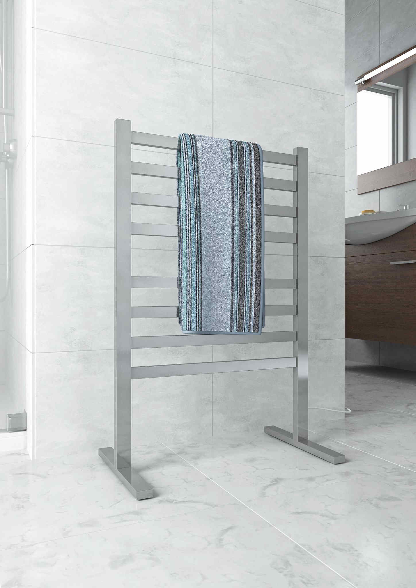Freestanding eated towel rail
