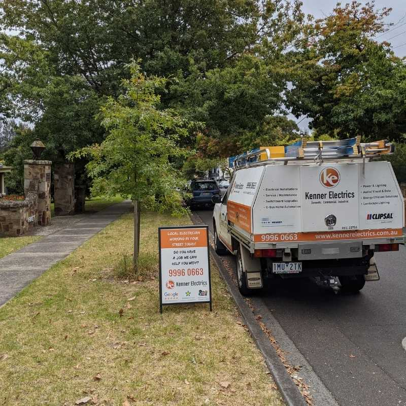 Electrician parked in Surrey Hills