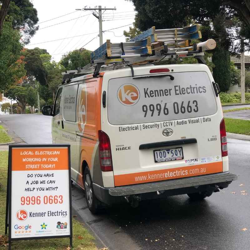 Local electrician working in Bulleen