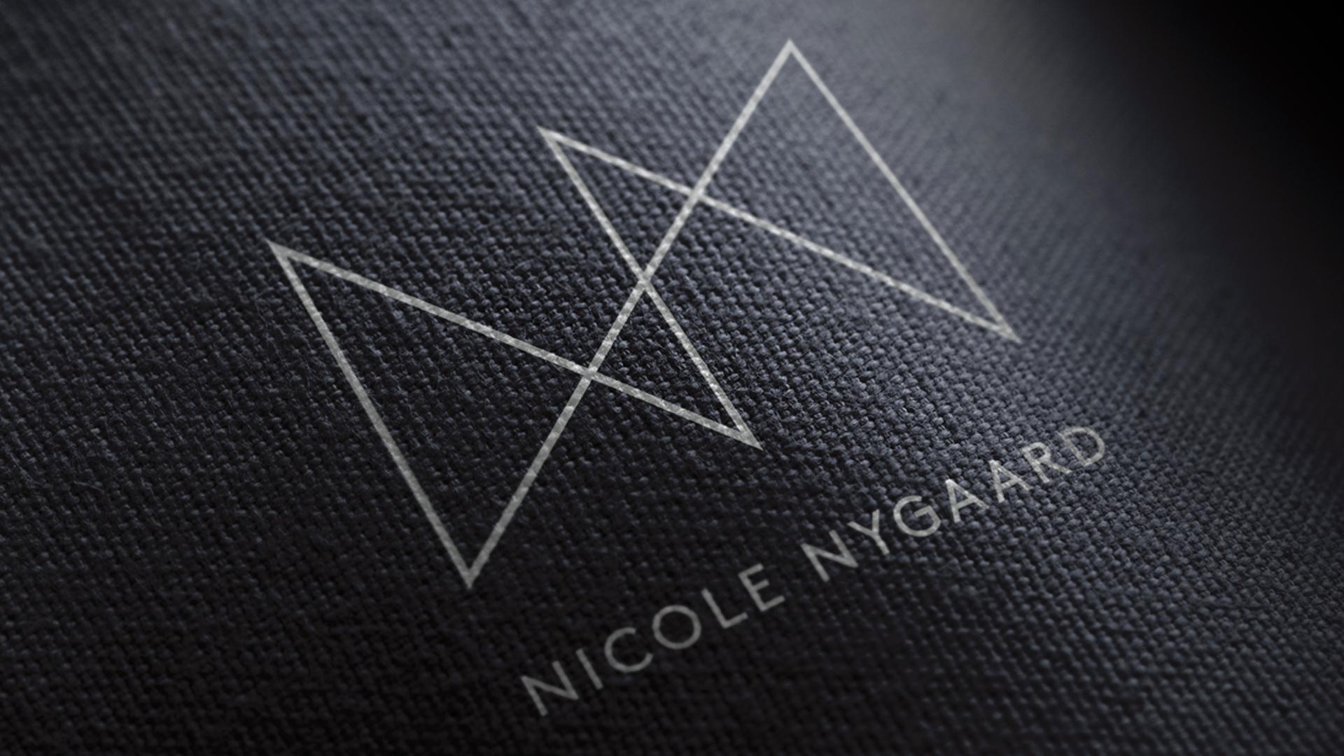 Logodesign til etisk mote
