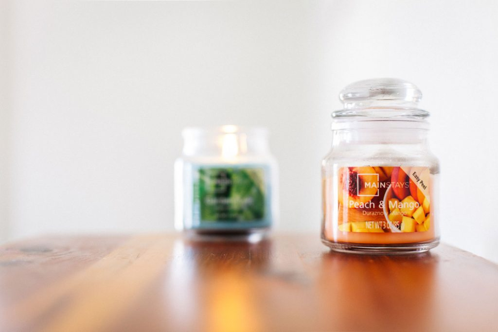 Mainstay Peach and Mango Candle