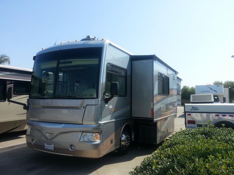 34' Bounder - Diesel - 3 Slides   RV's   West Coast RV