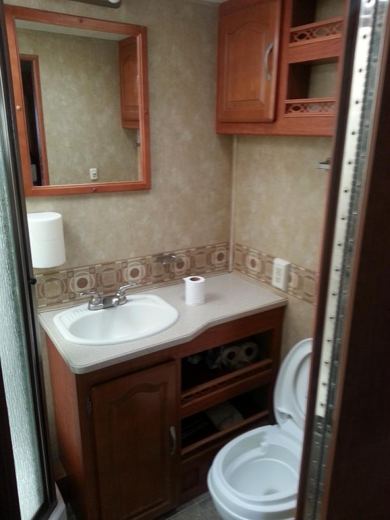 GT-Bunkhouse Bathroom