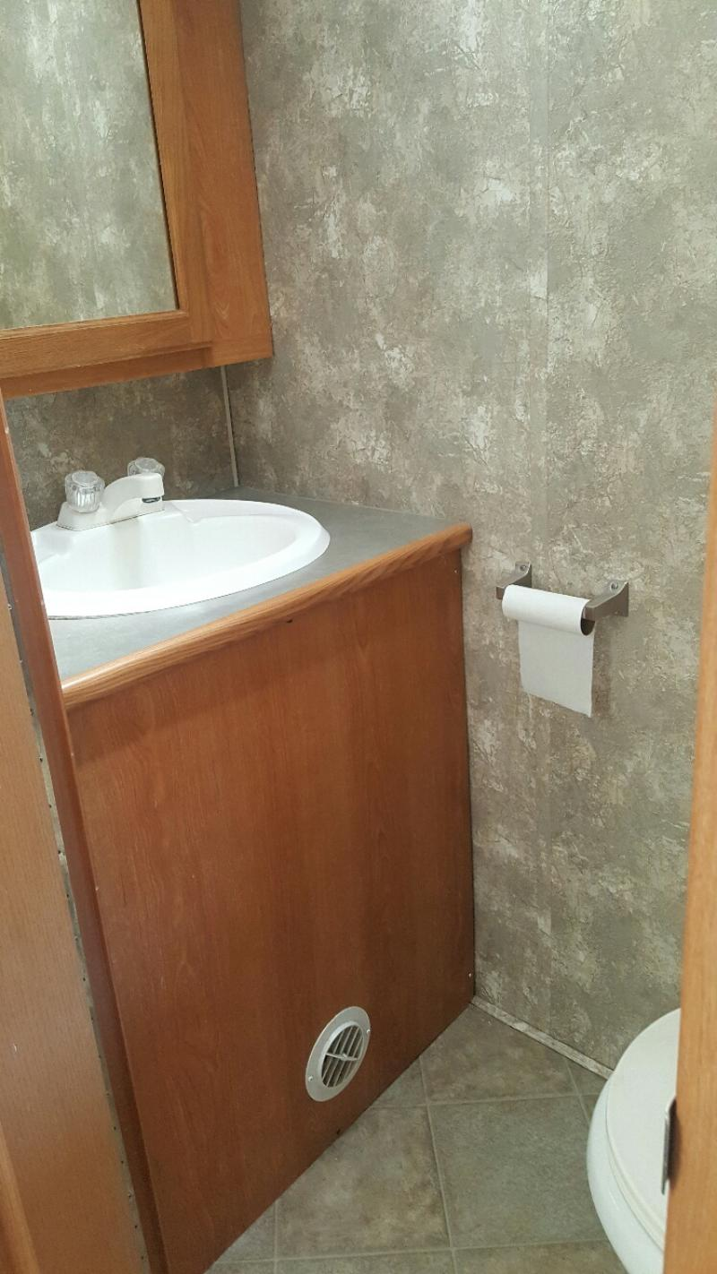 Freelander Bathroom