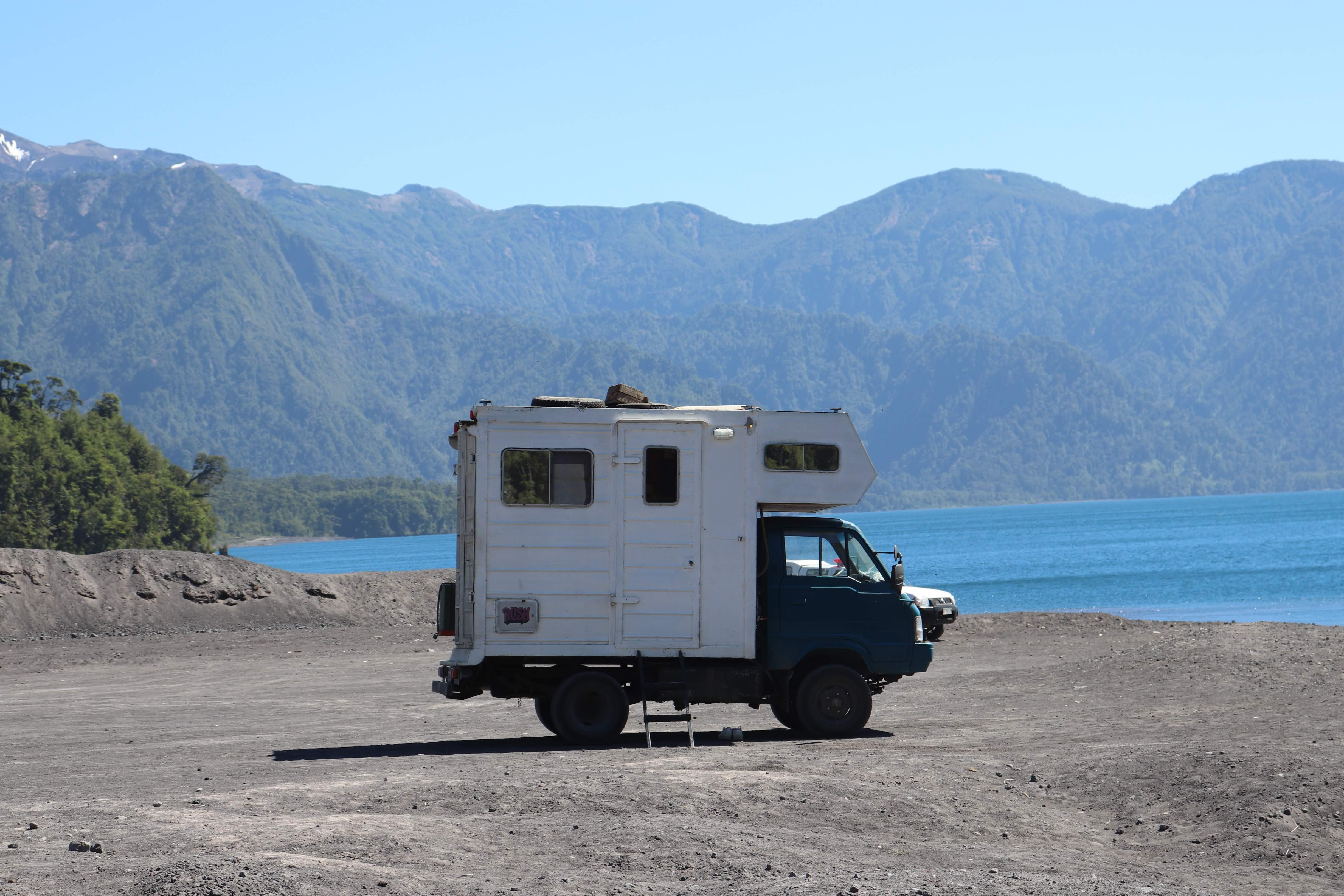 Camper van. (Puerto Montt, Chile)