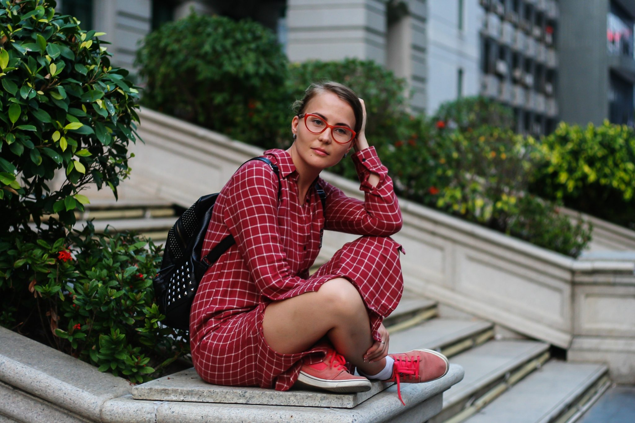 womens fashion, womens red outfit, red plaid outfit, photoshoot extras
