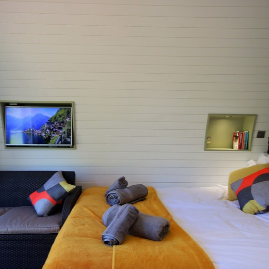 Glamping Pod - Double Bed 2