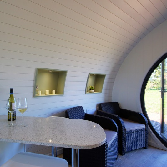 Glamping Pod - Table and Seats