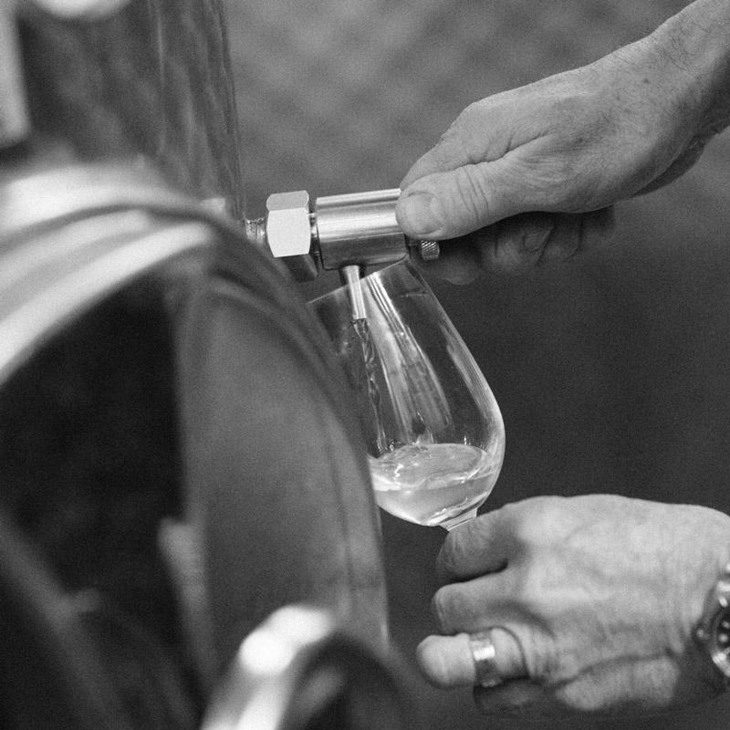 Claude Thibaut consulting extracting sparkling wine