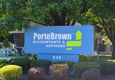 Porte Brown Elk Grove Village Sign