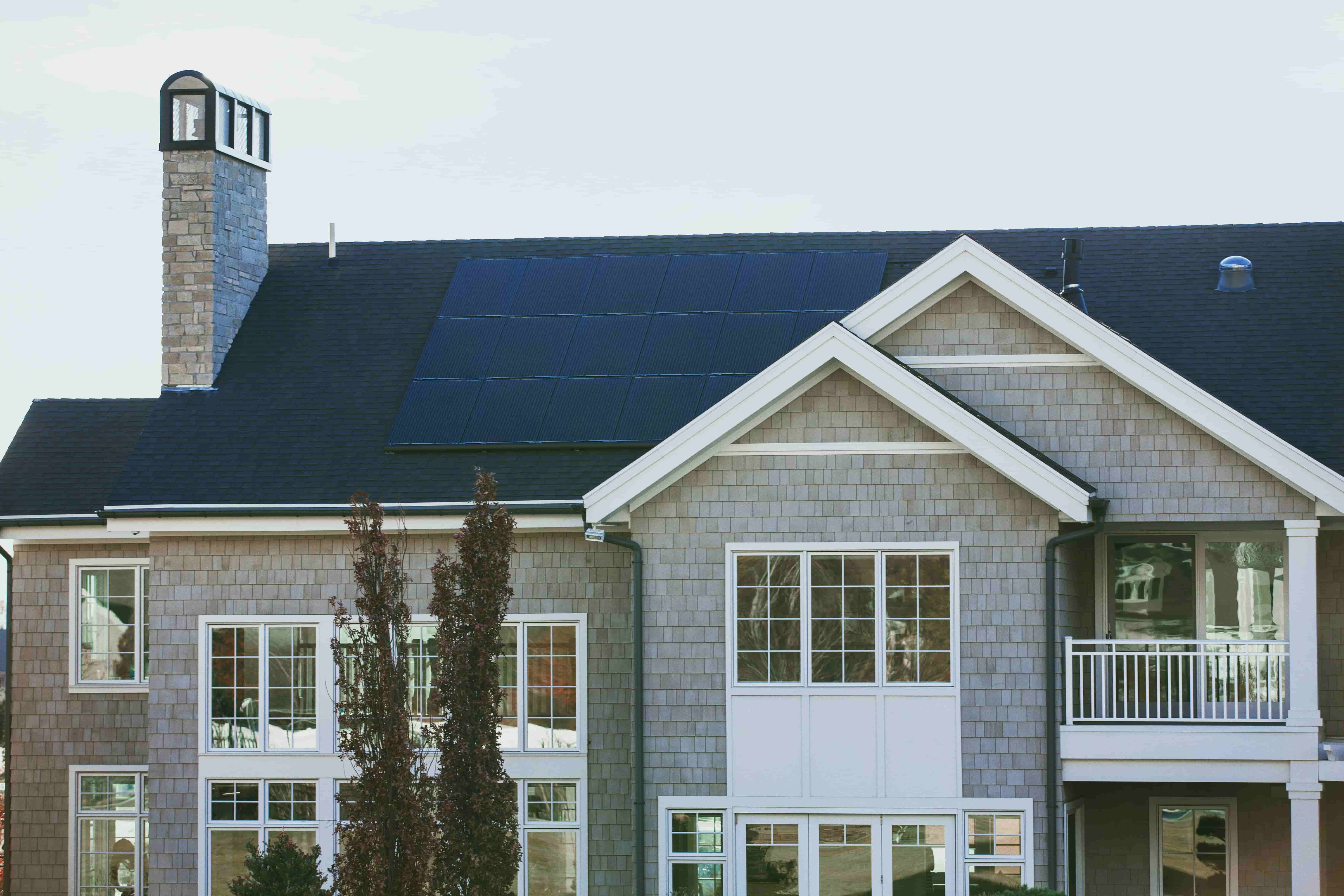 Mounting and caring for solar panels in Missouri