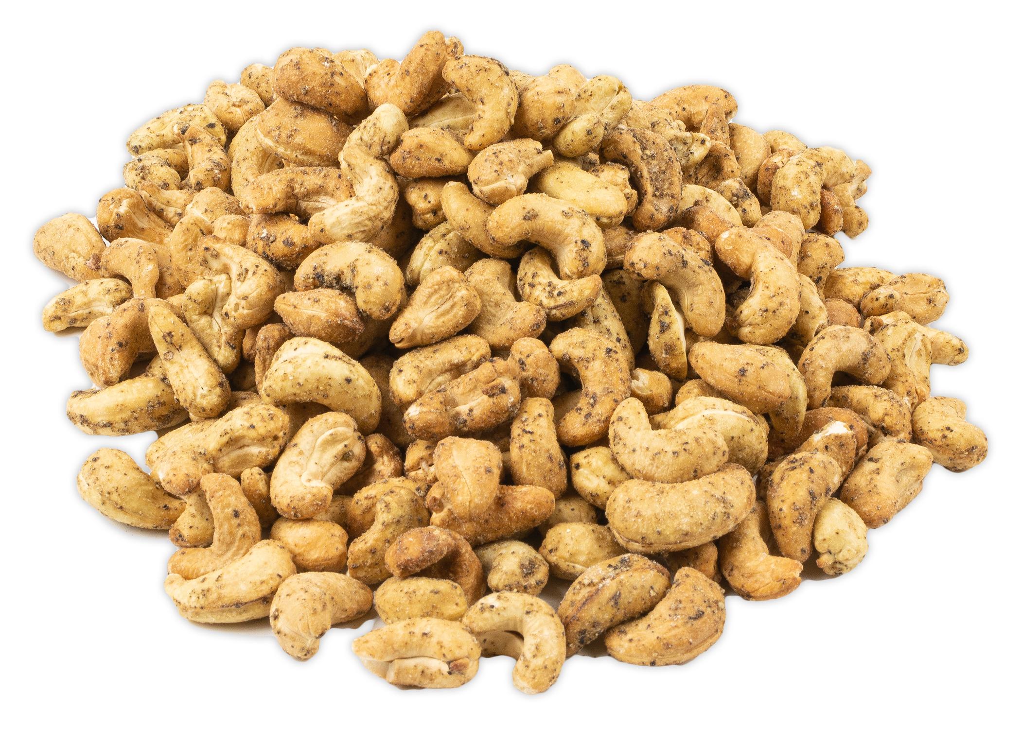 pile-black-pepper-cashews