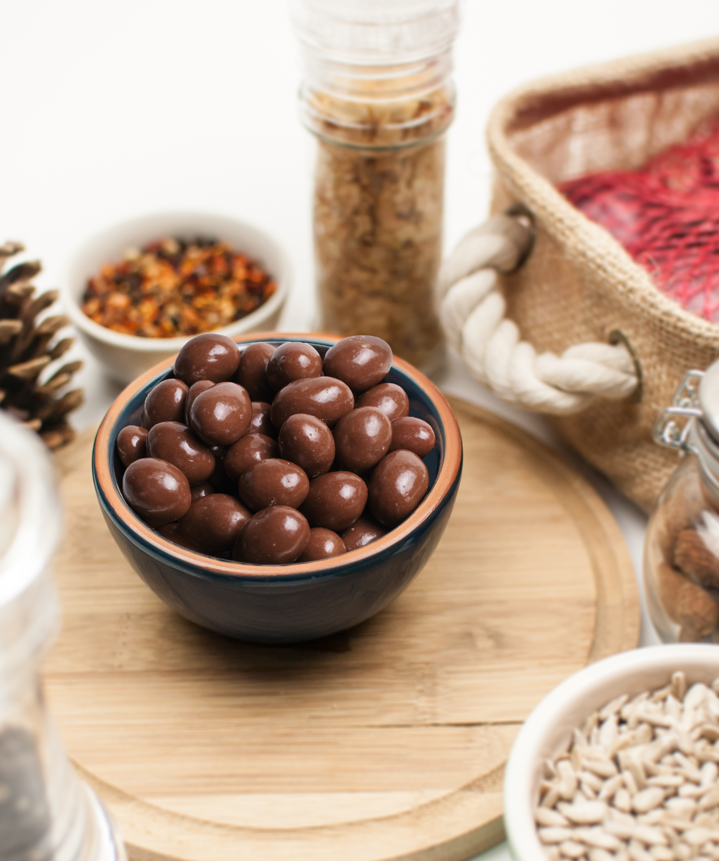 contectual-ramekin-chocolate-coated-peanuts