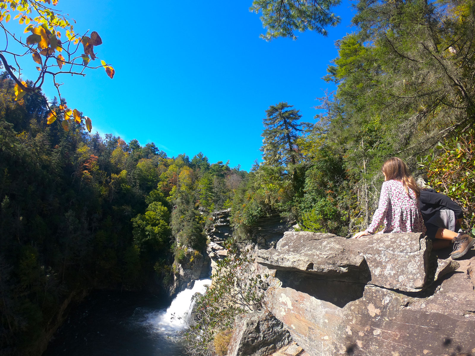 Photo of two girls overlooking Linnville Falls