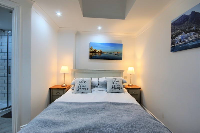 Room 1 Double Bed Pic 2