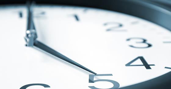 Clock face - 5 o'clock