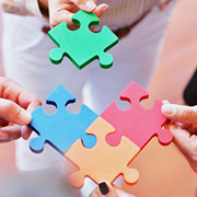4 jigsaw puzzle pieces