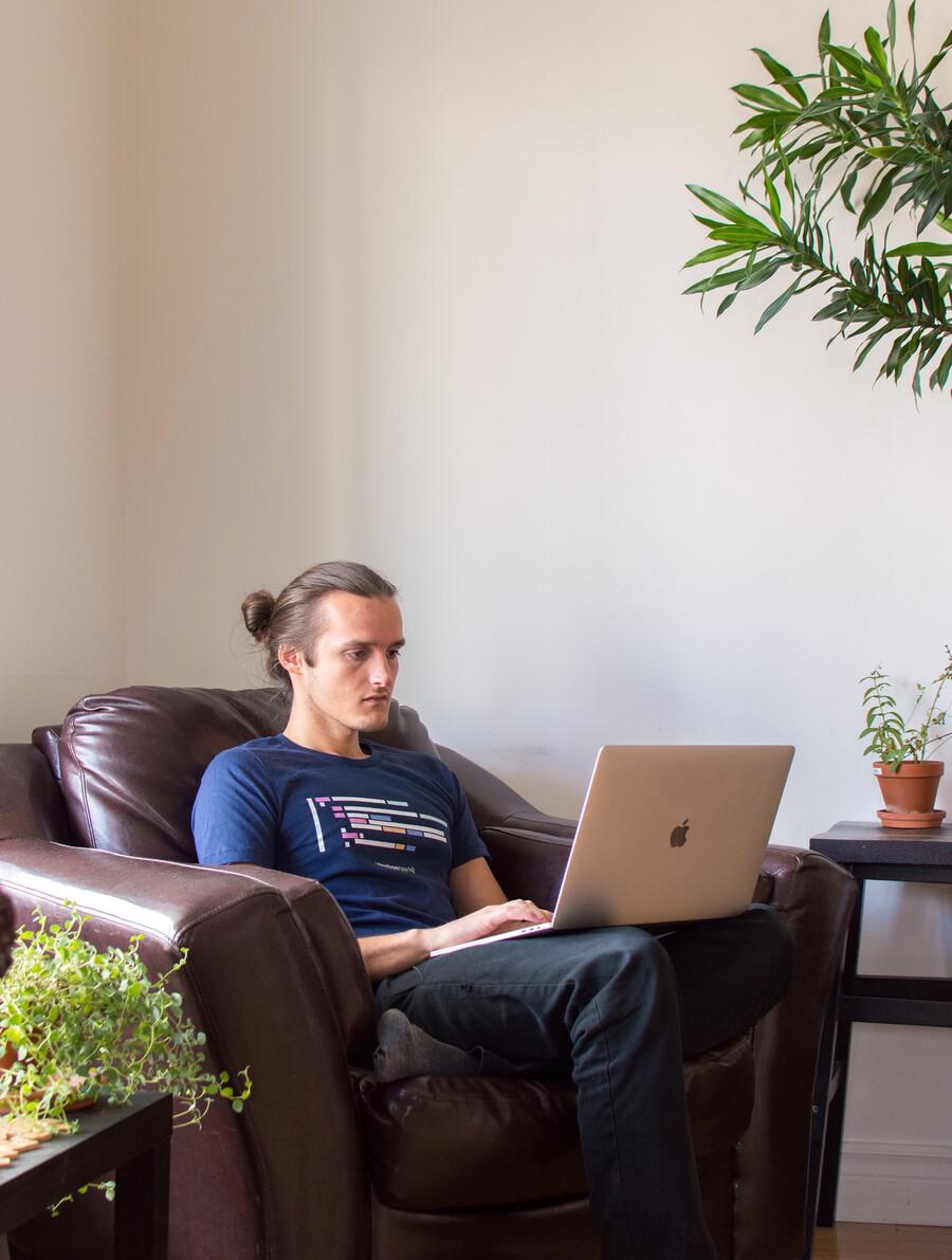 Émile Perron, web developer behind Webflow Tips & Tricks