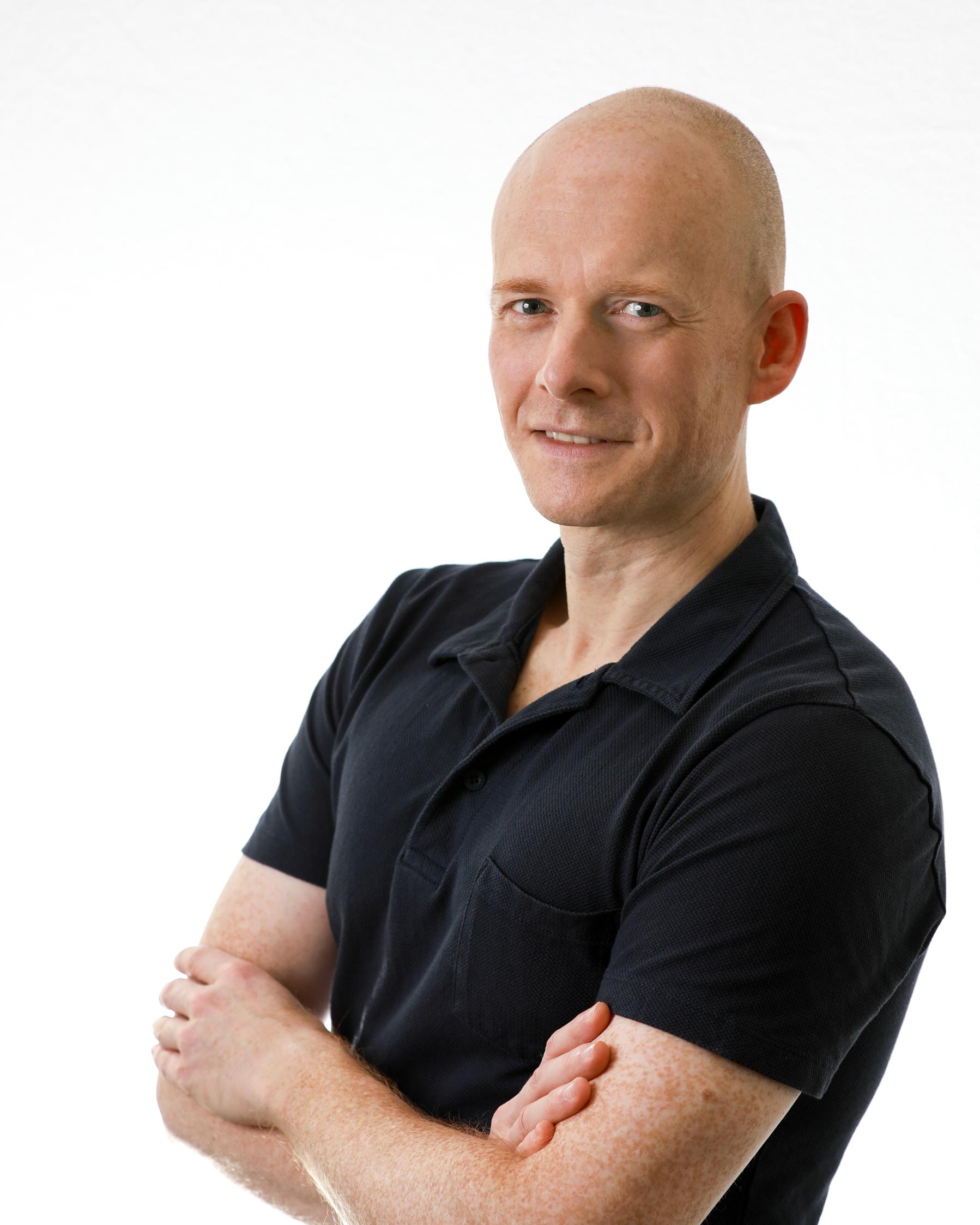 Dr. Simon Anderton