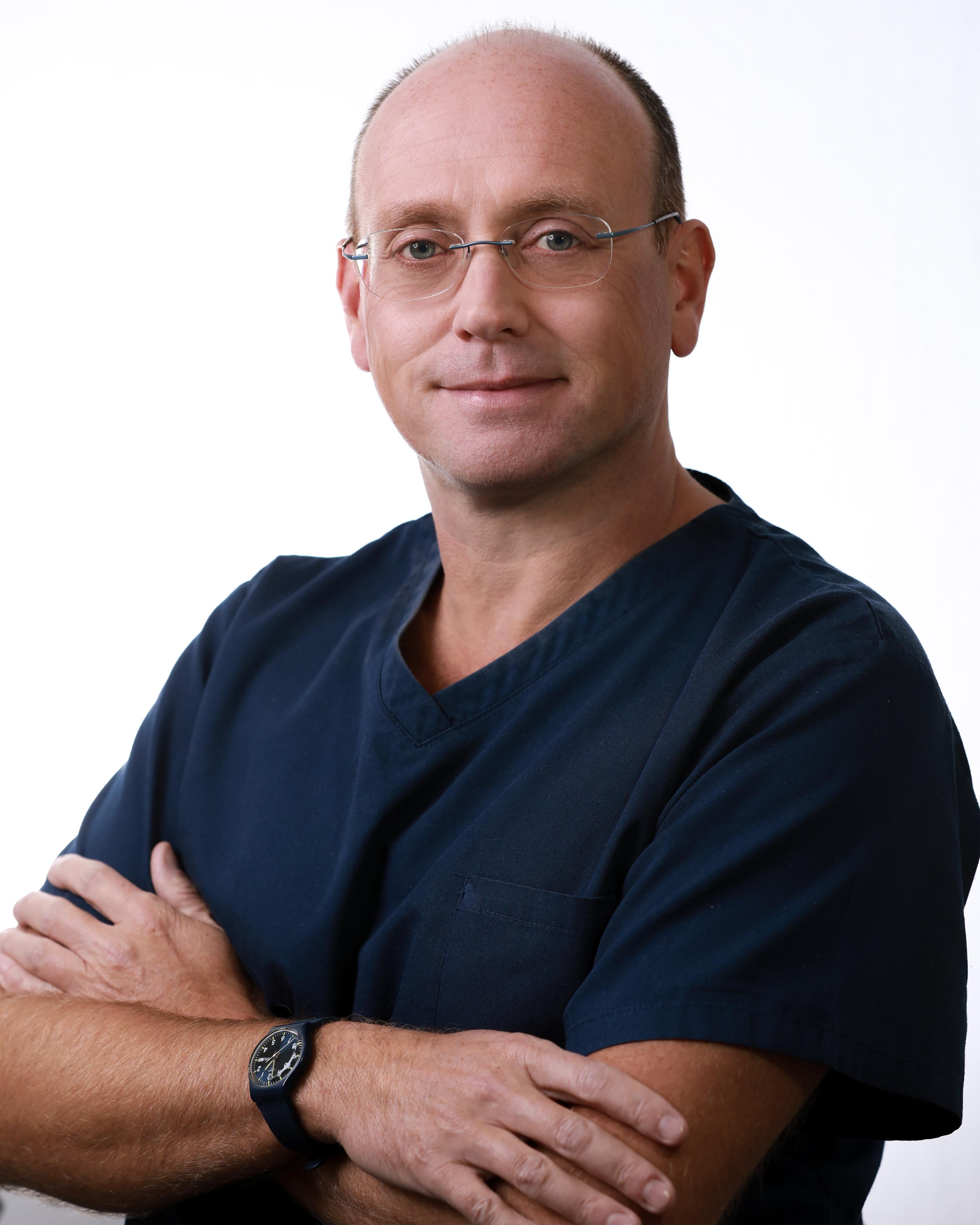 Dr. Jason J Critchlow