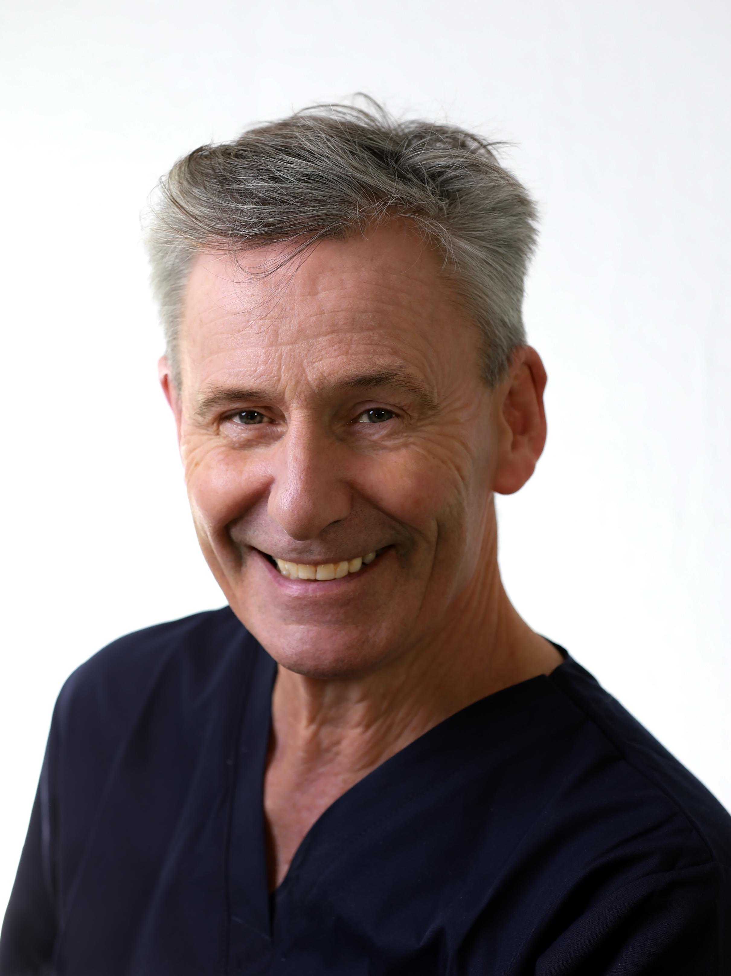 Dr. Peter Mantel