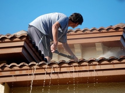 Roof Cleaning and Soft Washing in Manahawkin, New Jersey