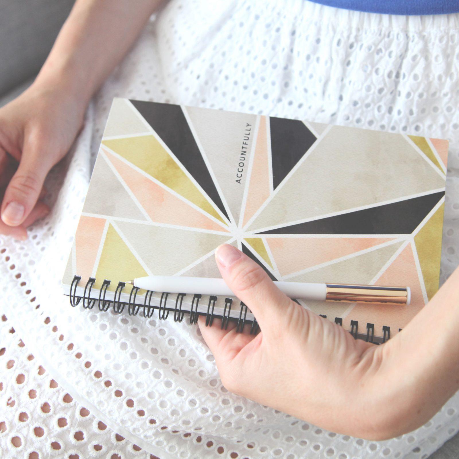 Accountfully notebook