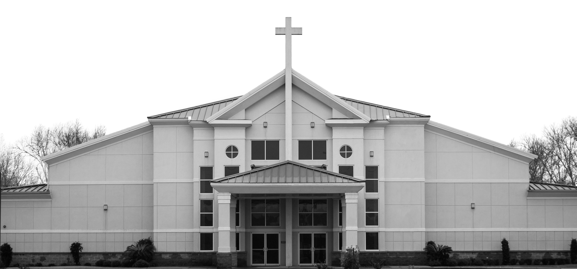 Front entrance of Jubilee Baptist Church in Daphne, Alabama.