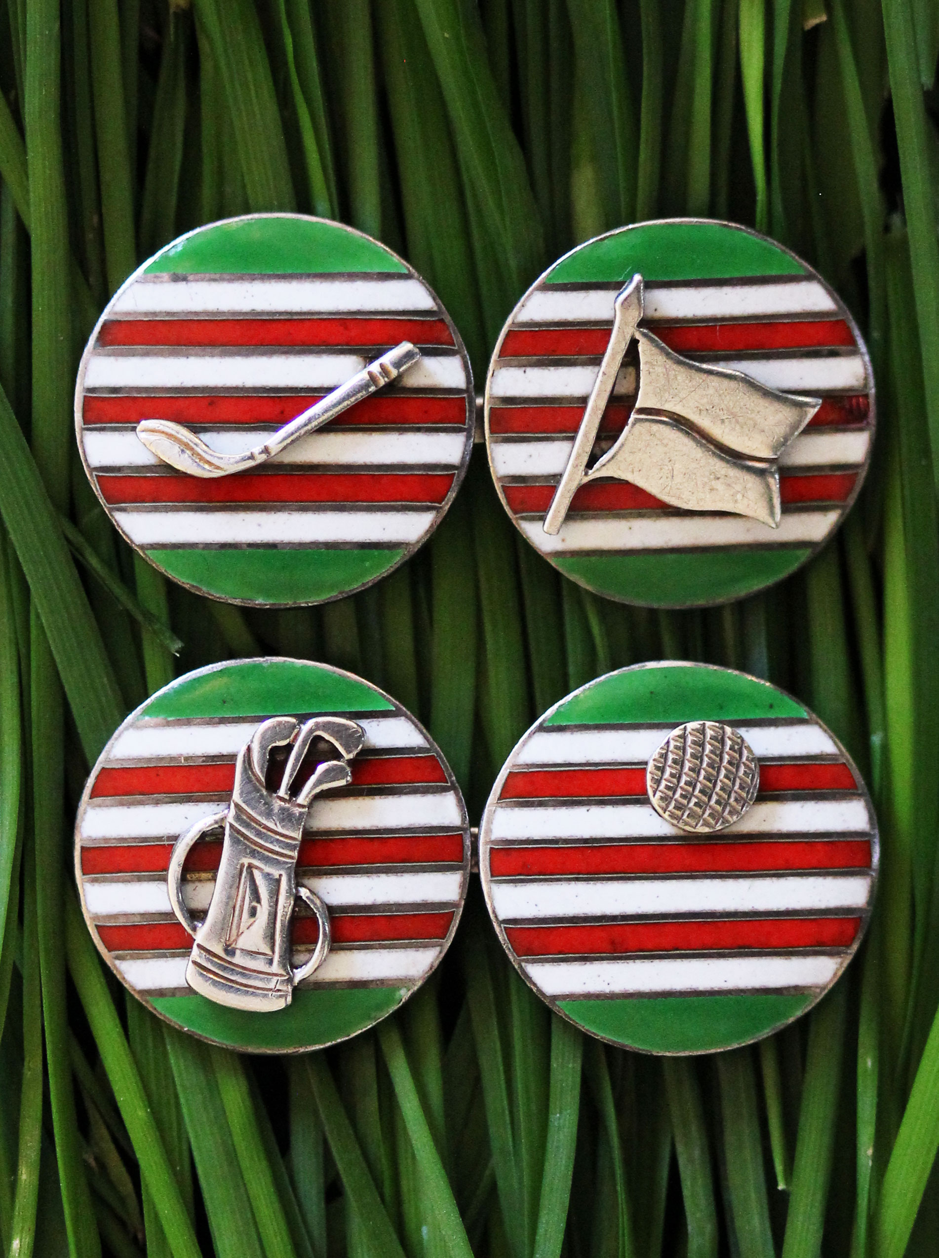 Golf cufflinks by Victor Mayer