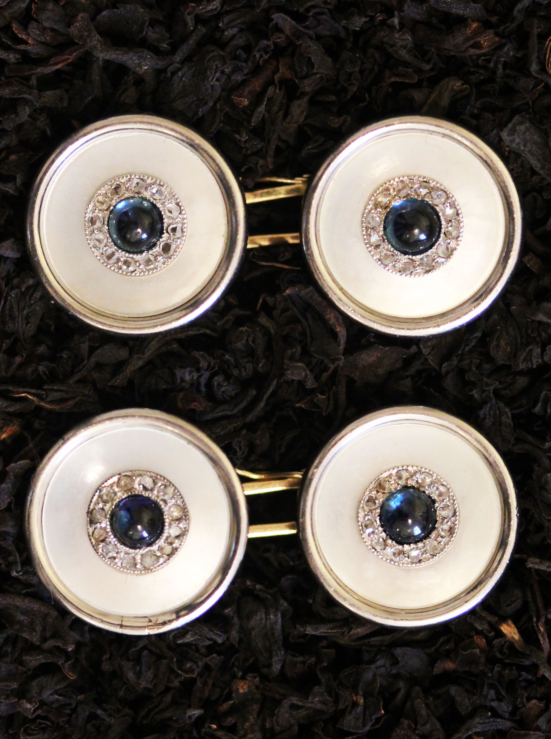 Elegant cufflinks with sapphires & diamonds