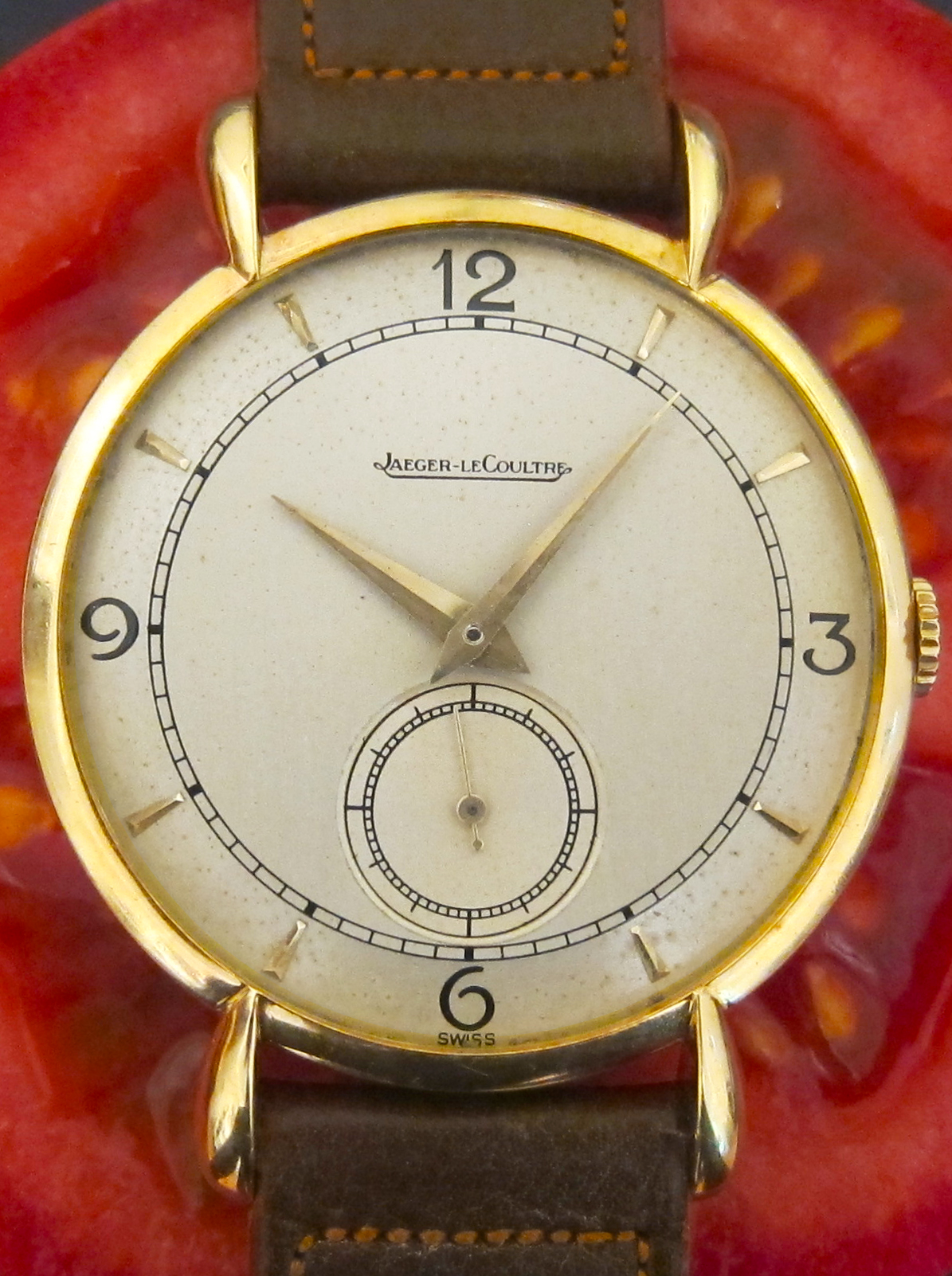 Gold Jaeger LeCoultre with tear-drop-lugs