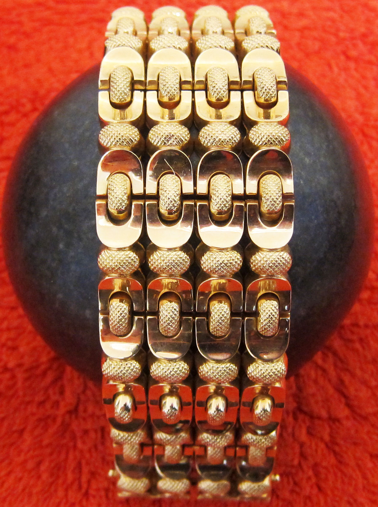 Italian Pink gold bracelet from the 50' ies